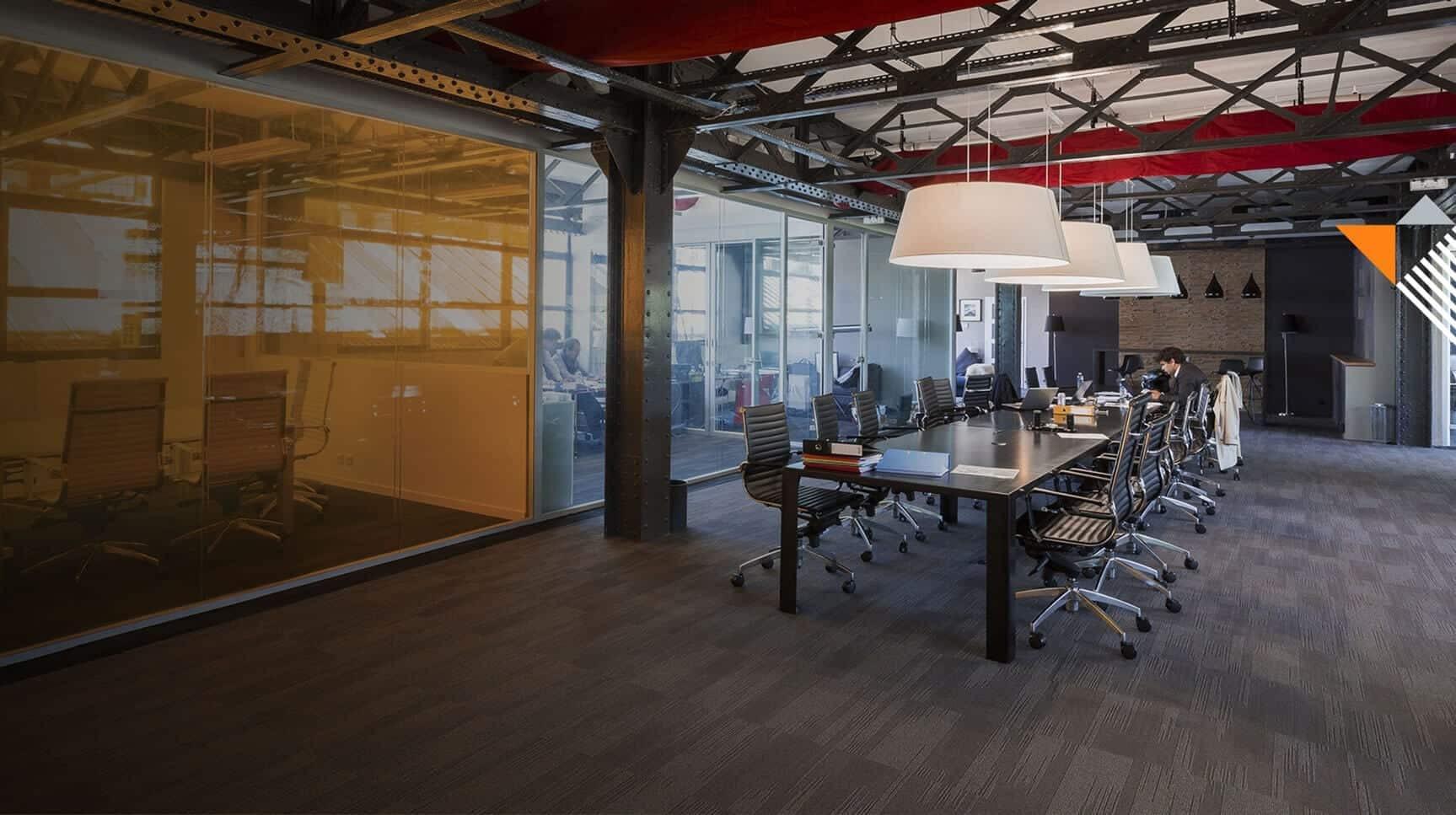 Conception d'aménagements de bureaux : Cloison, insonorisation. Services de design Kytom