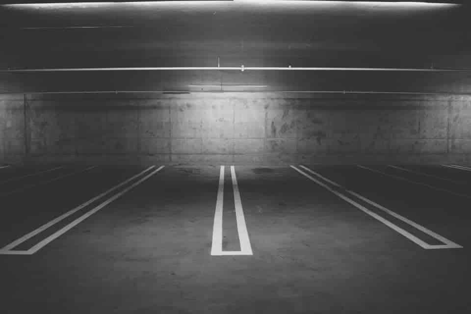 Agencement parking peinture