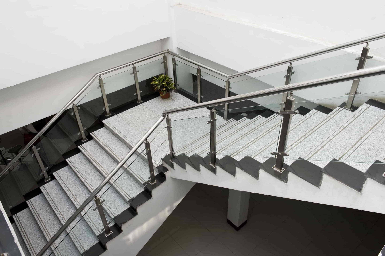 Garde corps aluminium, inox  Main courante escalier bois ~ Main Courante Bois Lapeyre