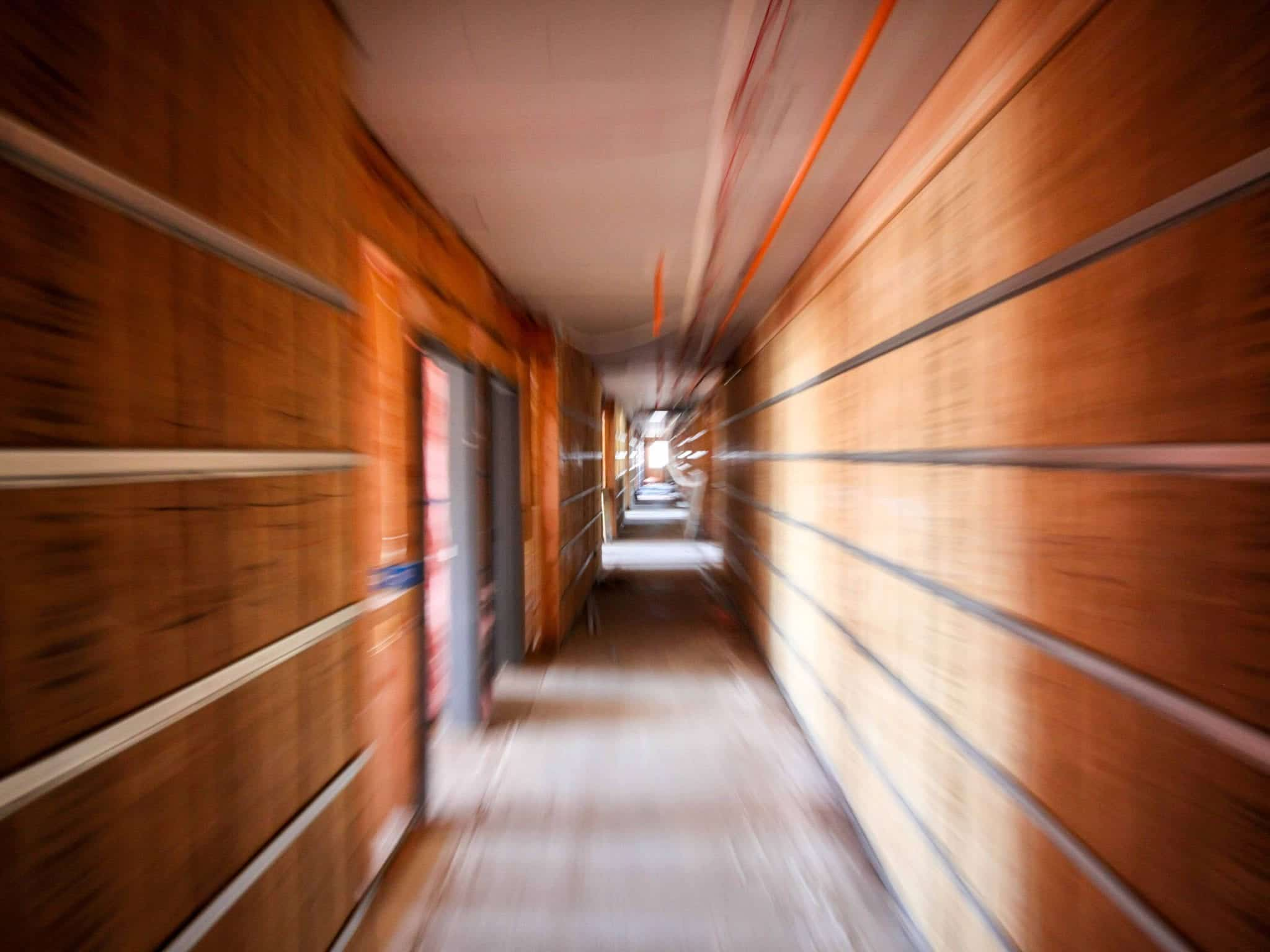 cloison bois aggloméré pour bureaux