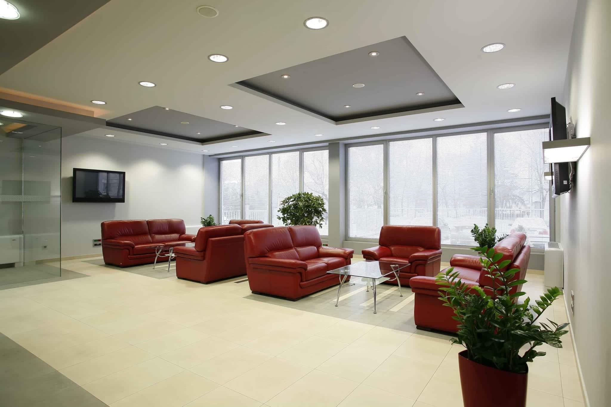 Faux Plafond Suspendu En Dalles Isolantes plafond suspendu en dalles ou en placoplâtre pour bureaux
