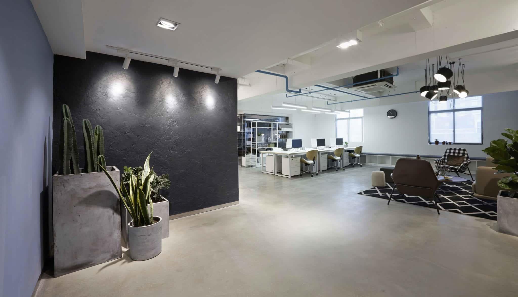 Réalisation de sol béton ciré pour bureaux