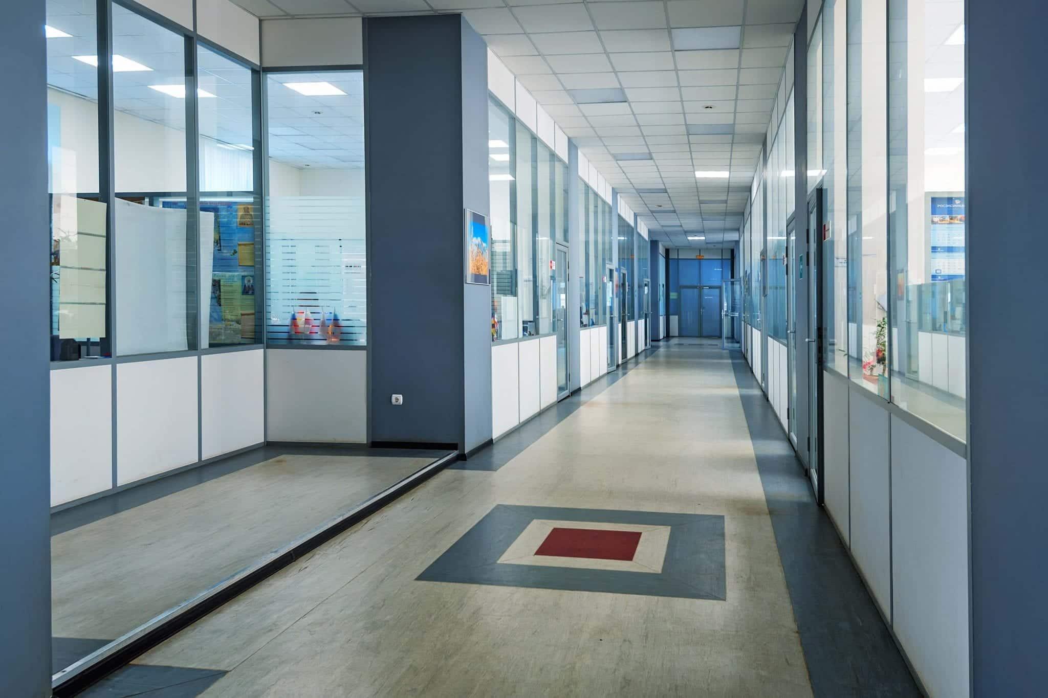 Installation de sol pvc ballatum bureaux