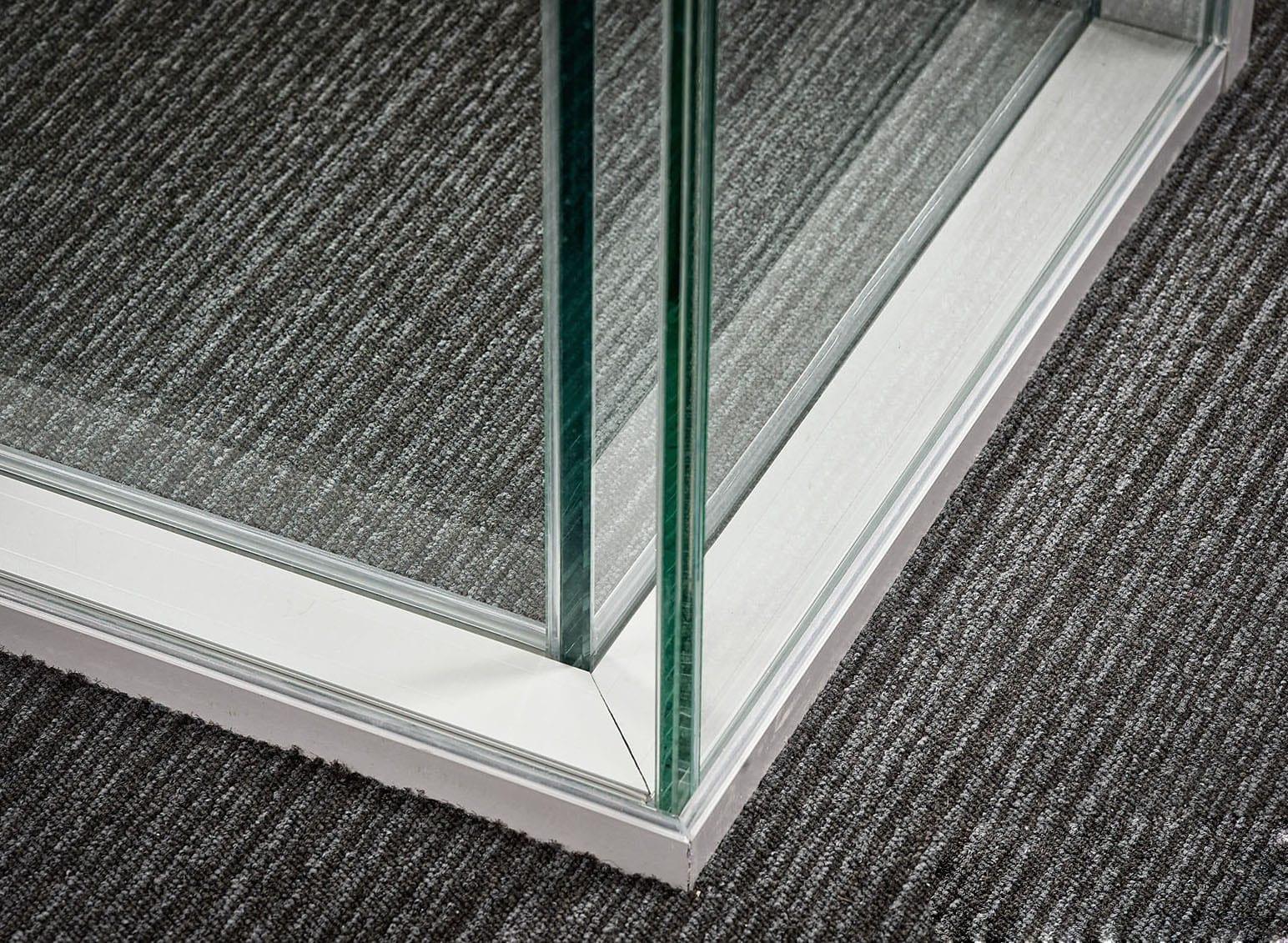 Cloison double vitrage pour bureaux lumineux