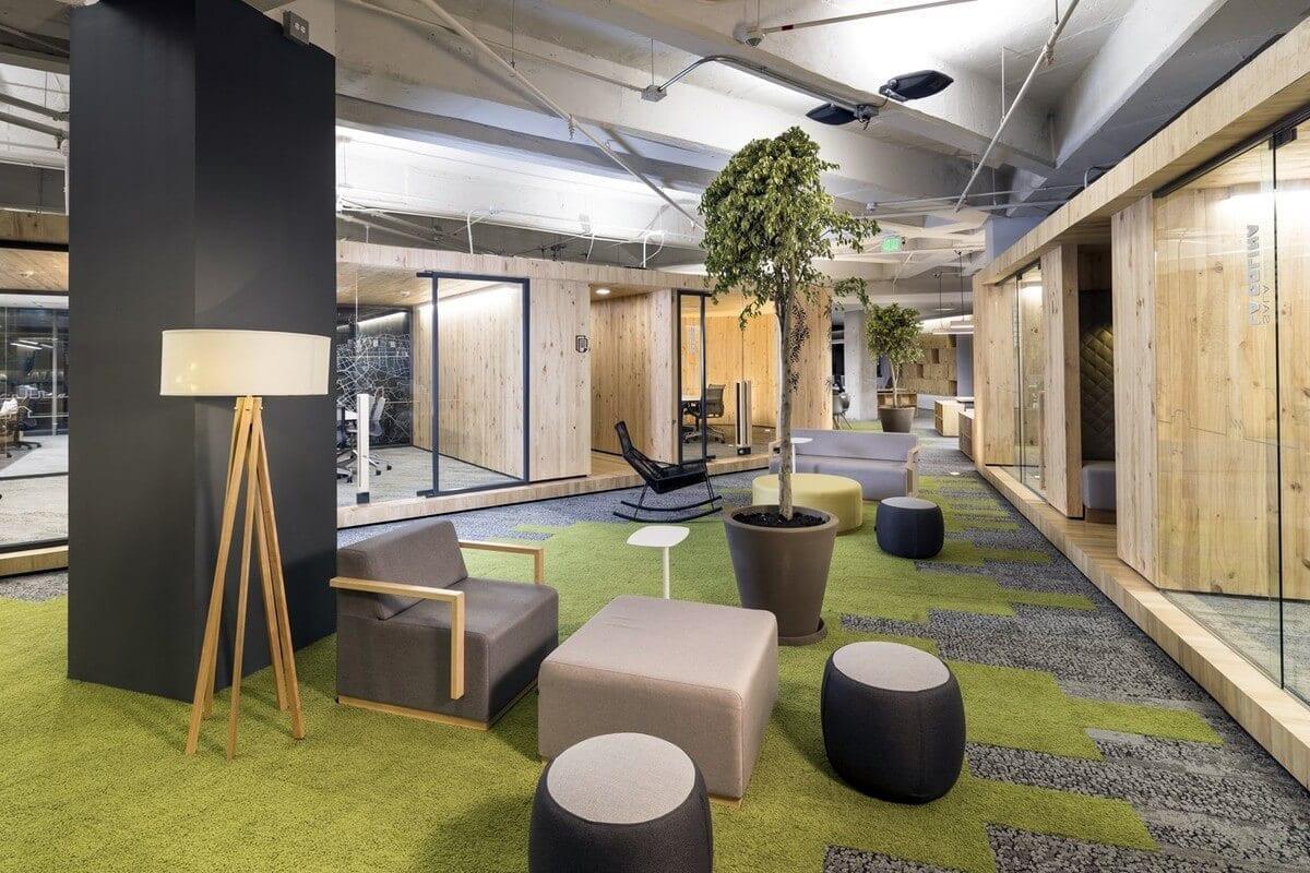 Bureau design avec cloisons bois