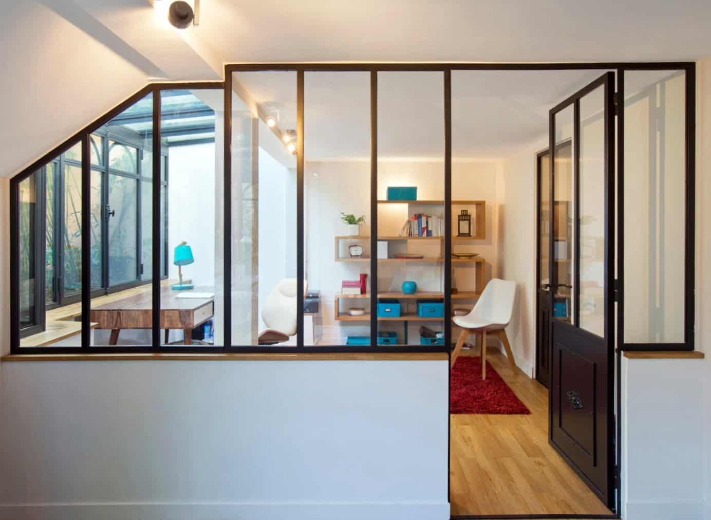 Décoration de bureaux avec cloison atelier d'artiste