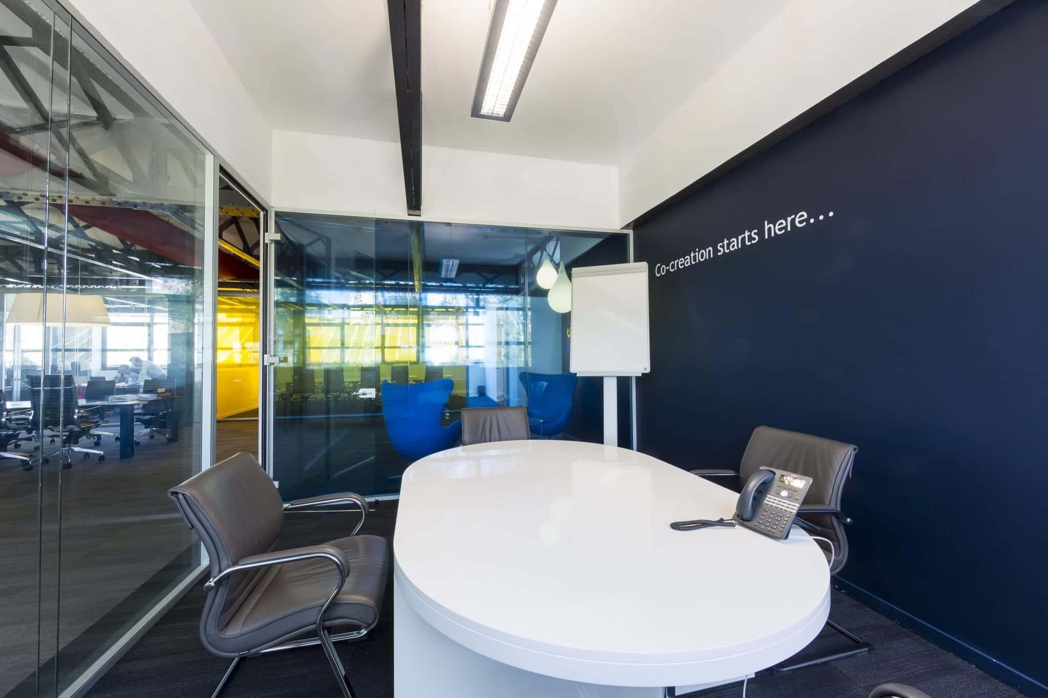 Salle de réunion créative - Kytom Aménageur de bureau